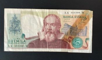 ITALY 1000  LIRE 1990 P 114 UNC