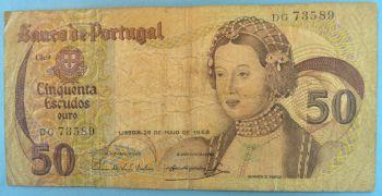 PORTUGAL 50 Escudos 1964 (QUEEN ISABELLA) UNC