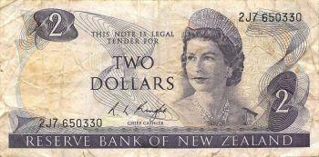 NEW ZEALAND 2 DOLLARS 1981 - 1992 P 170 UNC